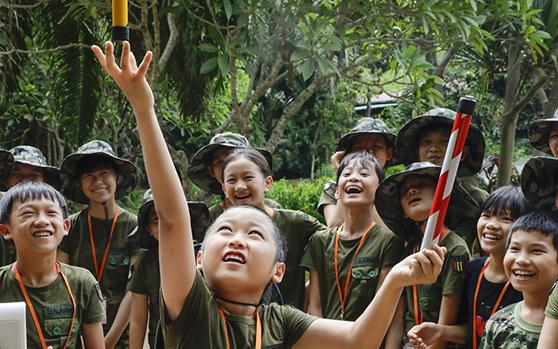 原创组图丨琼海留守(困境)儿童夏令营走进海南热带野生动植物园